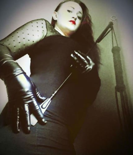 dominante spiele latex lucy