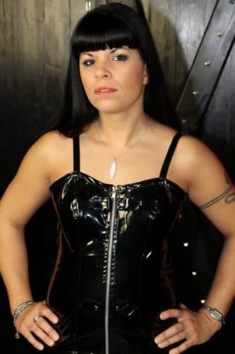 zum ersten mal lesbisch bordel in augsburg