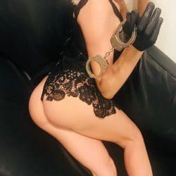 Sexy-Sklaven-Herrin für Zahlschweine